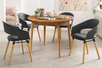 NordicStory Extending solid oak dining table
