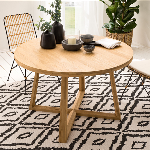 round solid oak wood dining table