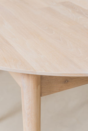NordicStory White Scandinavian Nordic Extendable Round Oak Solid Wood Dining Table