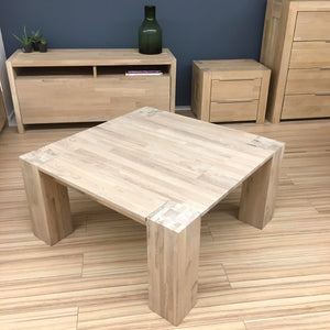 "NordicStory Solid oak coffee table ""Nordic"" 90 x 90 x 45 cm."