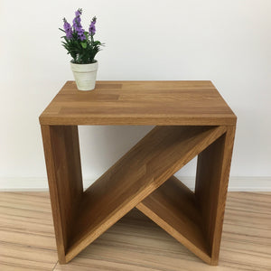 "NordicStory Side table, bedside table in solid oak ""Denmark"" 45 x 30 x 45 cm."