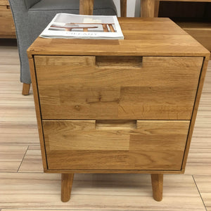 "NordicStory Solid oak bedside table ""Escandi"" 40 x 40 x 52 cm."