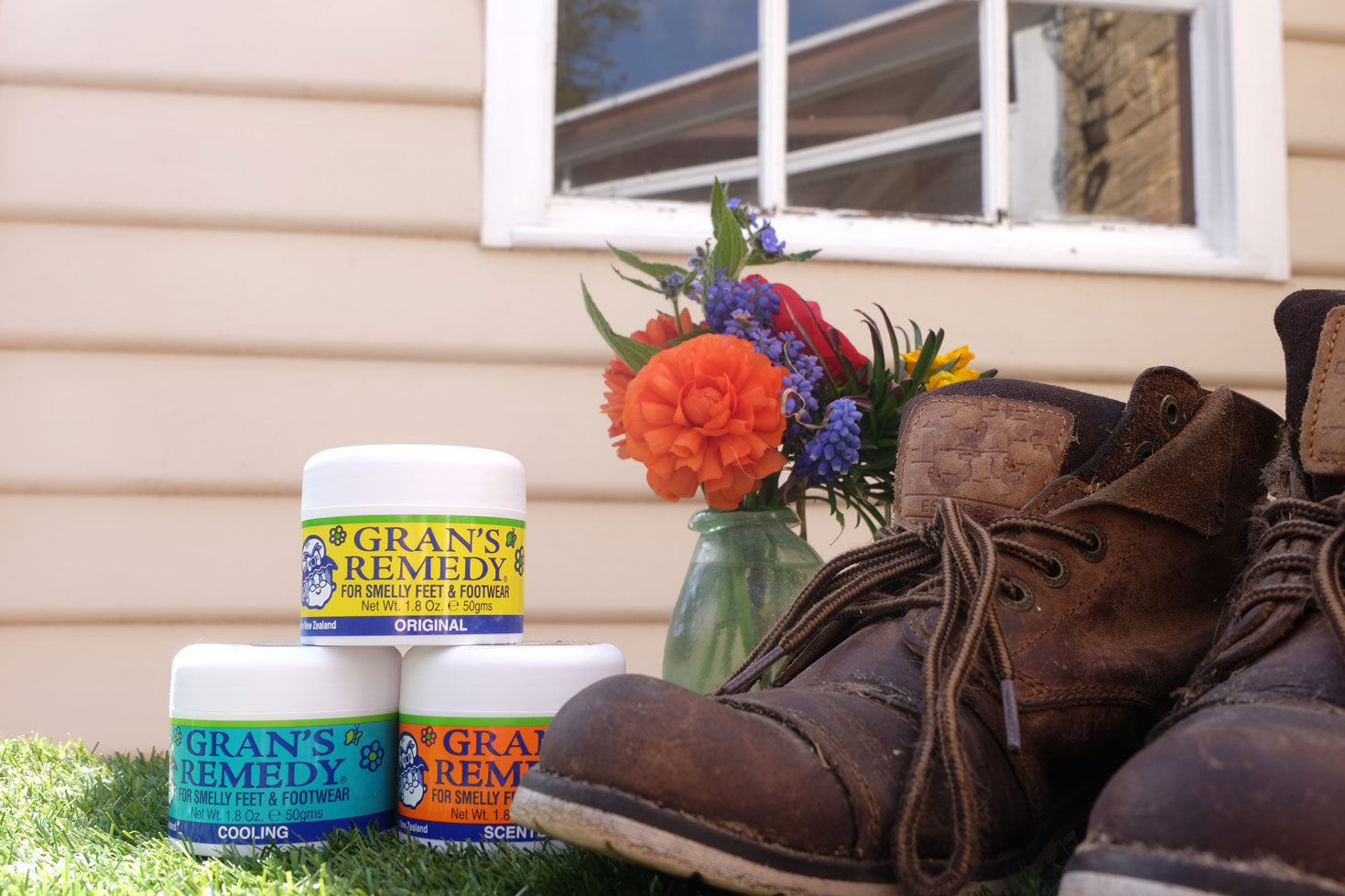 Gran's remedy treatment for smelly feet and footwear.