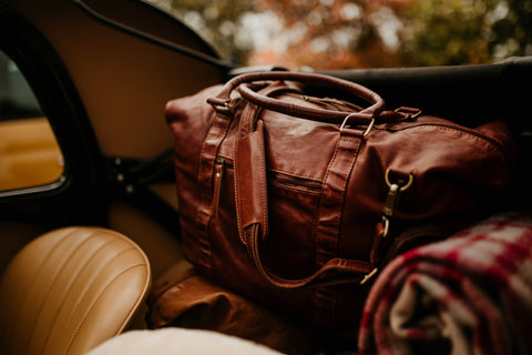 leather travel bag: leather backpacks, carry-on luggage, duffle bags, tote bags