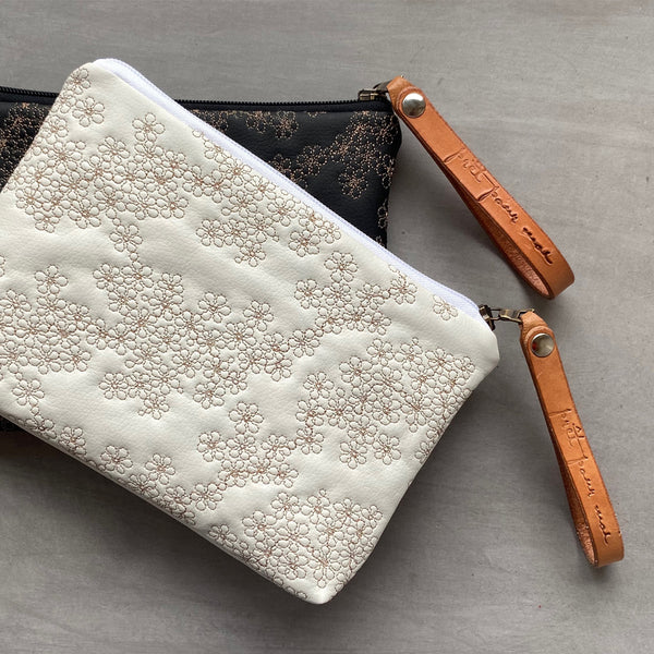 Simple Case Mille Fleurs white/sand