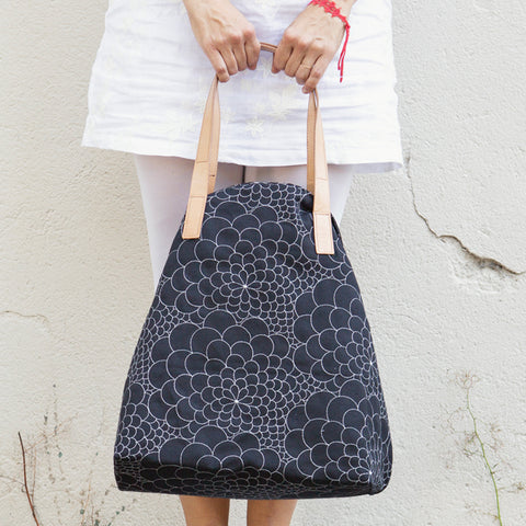 Tote Bag Big Mila black/silver