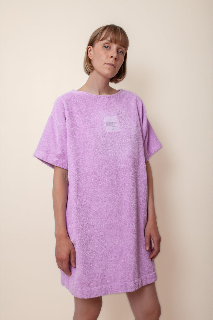 Unisex Overlong Terry Shirt in Lupine