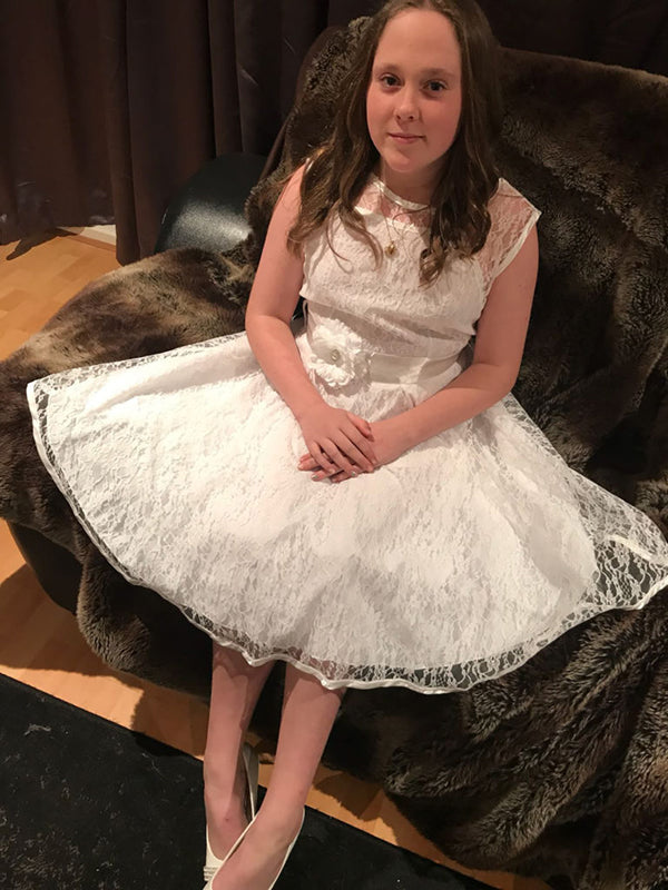 Louise Richards Gorgeous Daughter Looking Stunning in Stina Dress