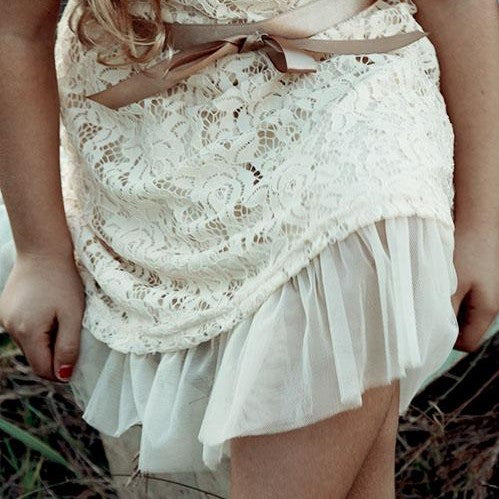 Rosey Lace Dresses IVORY