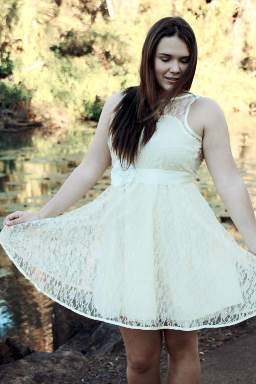 Stina Lace Dress IVORY - Goosebumps Clothing