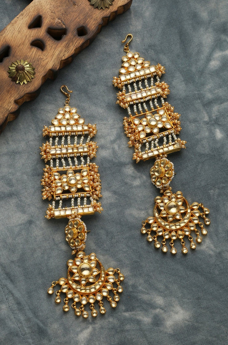 Chavvi Kundan and Pearls Chandbaali Earrings