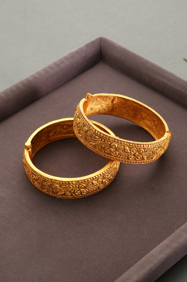 Aarti Temple Work Floral Emboss Bangles - Set of 2
