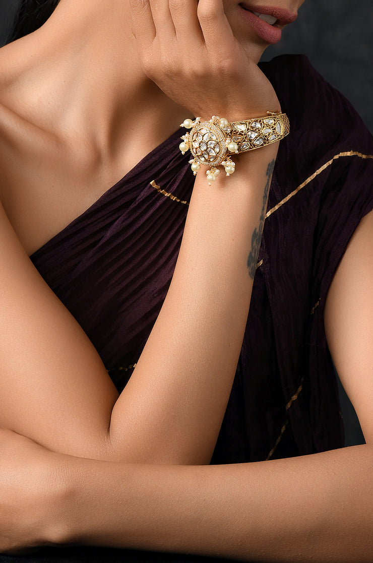 Minati Gold Plated Kundan and Pearls Bracelet