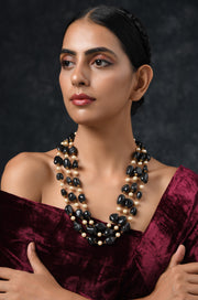 Jeevika Black-White Tumbled Stones And Pearls Necklace