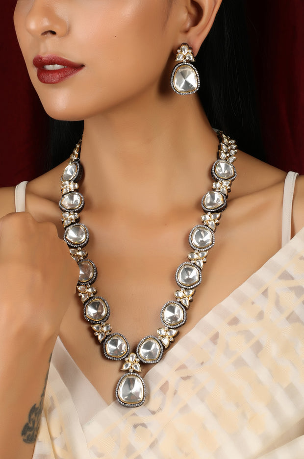 Fiza Silver Victorian Necklace Set