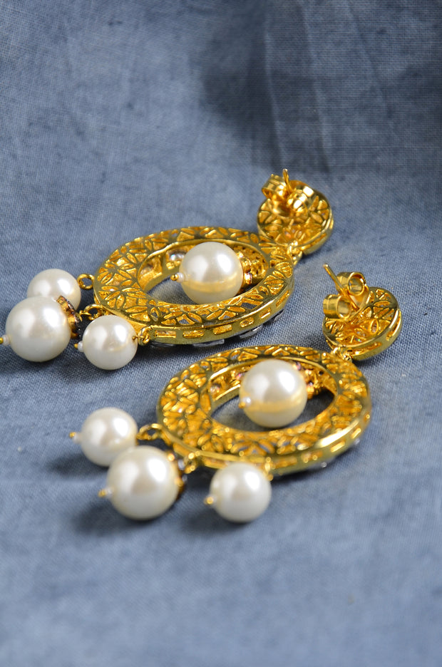 Shea Silver Victorian Shell Pearls Earrings