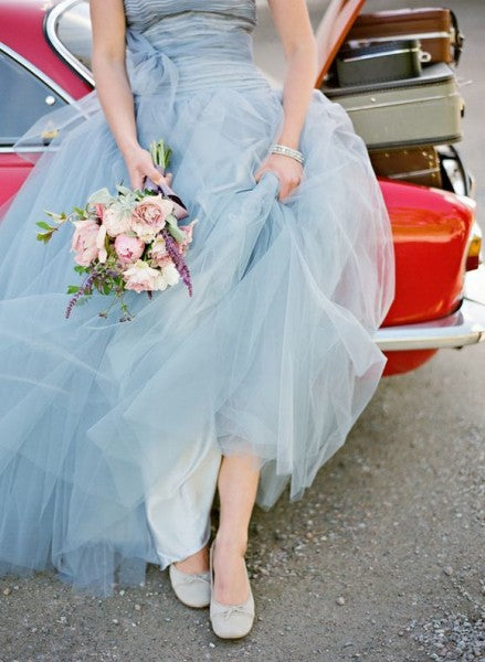 retro wedding inspo