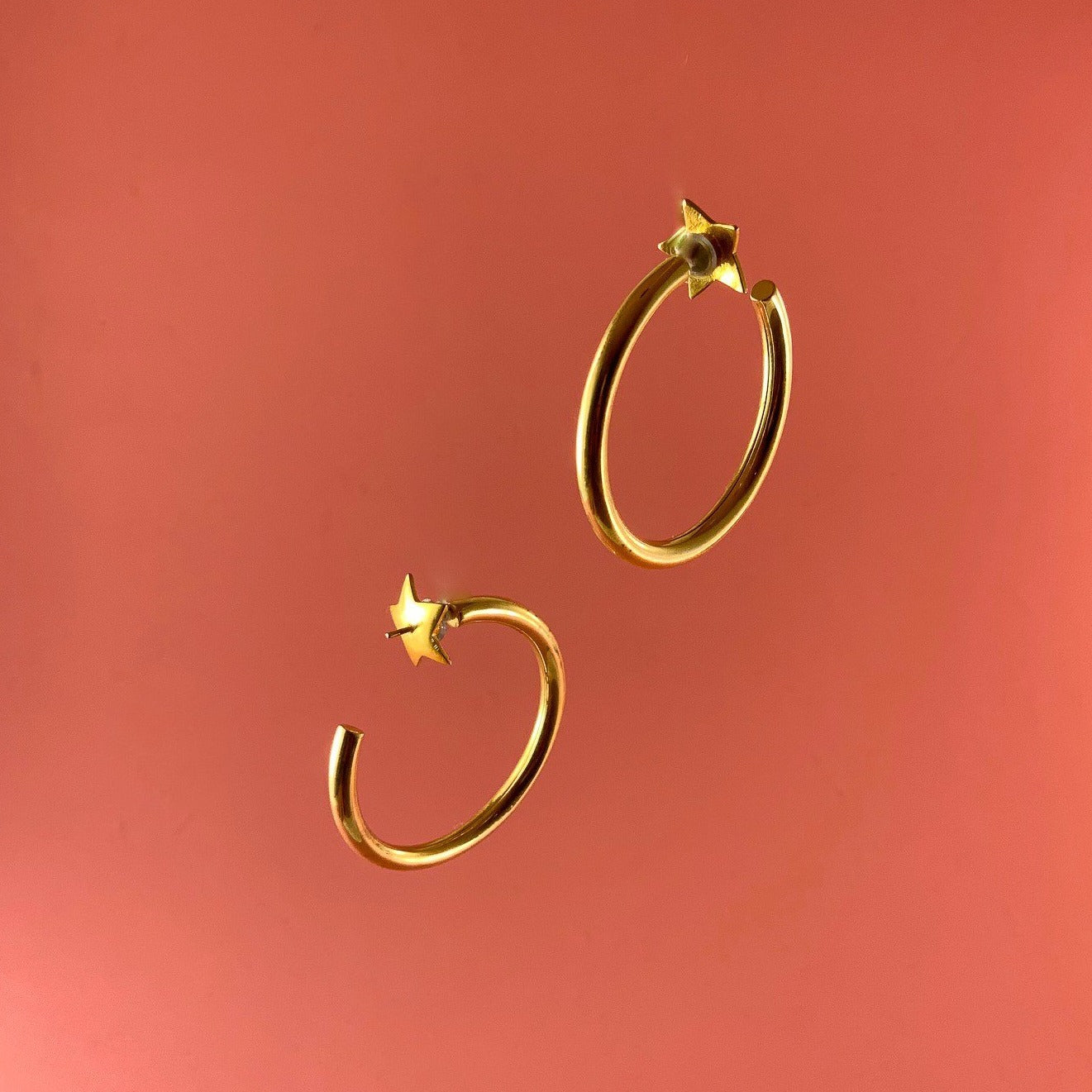 AOC Star Hoops