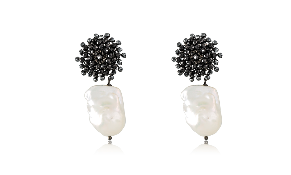 Orpheus pearl earrings