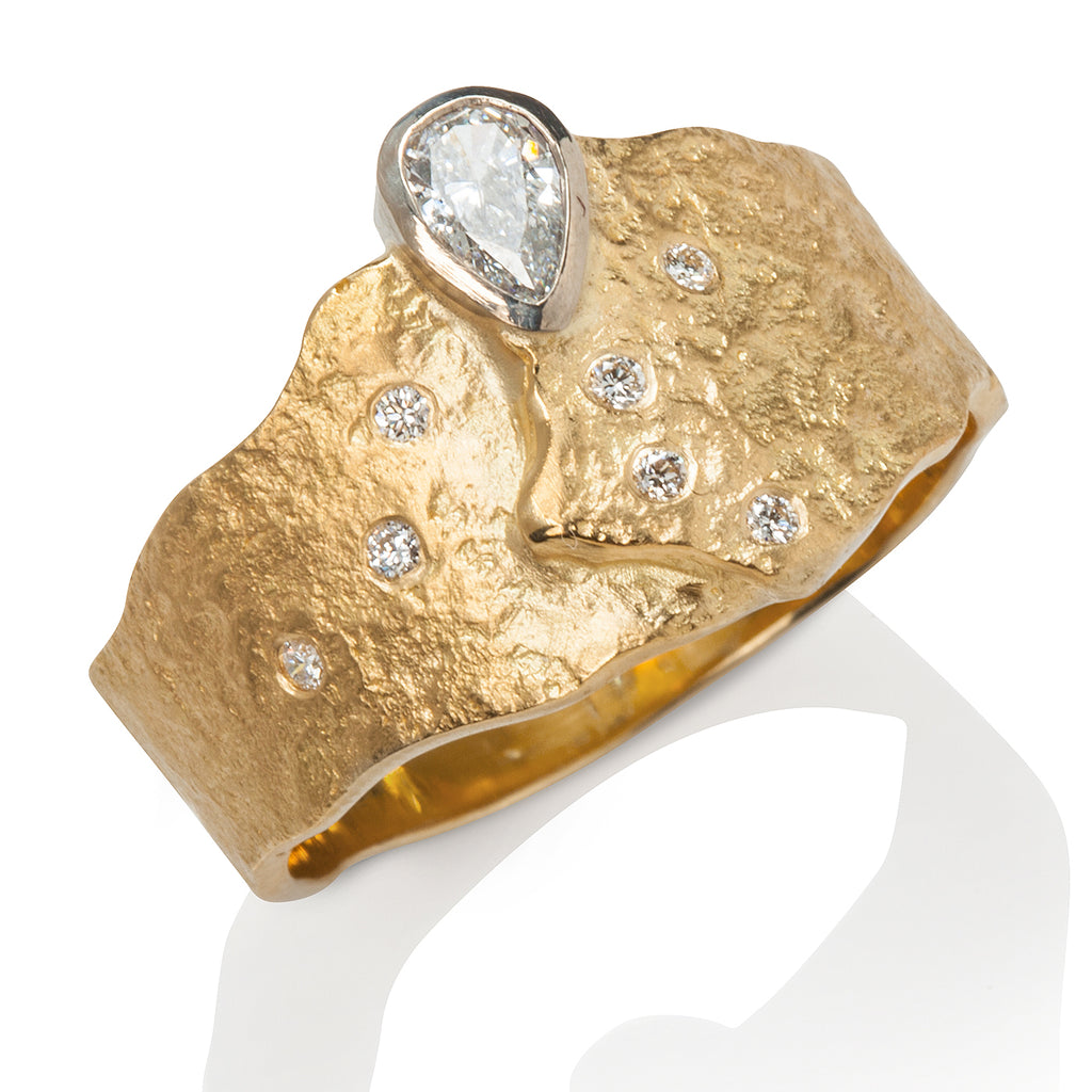 Rockhammered Ring with Pear-Shape Diamond