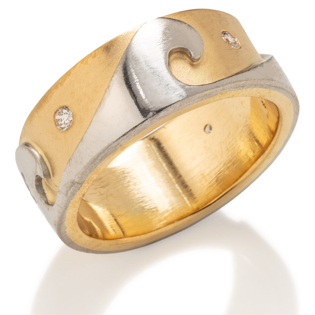 Wave Ring in Gold & Platinum