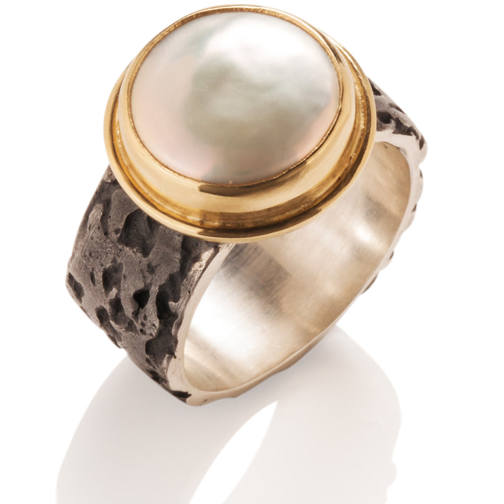 Coin Pearl Grotto Ring