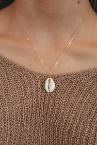 Dainty Cowrie Shell Necklace