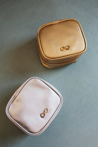 Jewelry Travel Case (Multiple Colors)