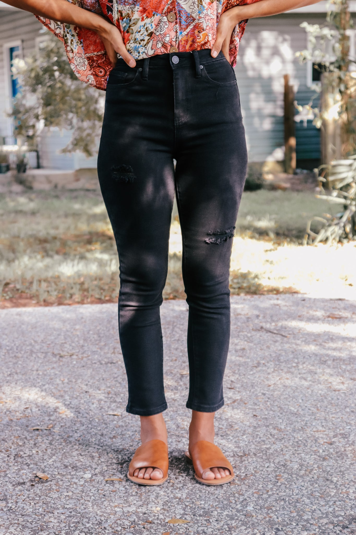 Black Vintage Dream Ripped Denim