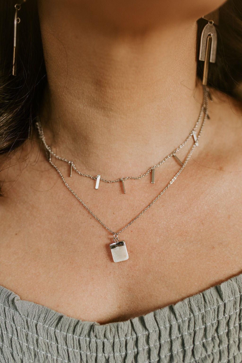 Double Layered Bar & Pearl Necklace