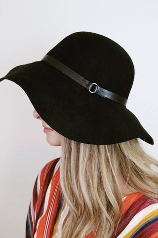 Ring Band Wool Hat