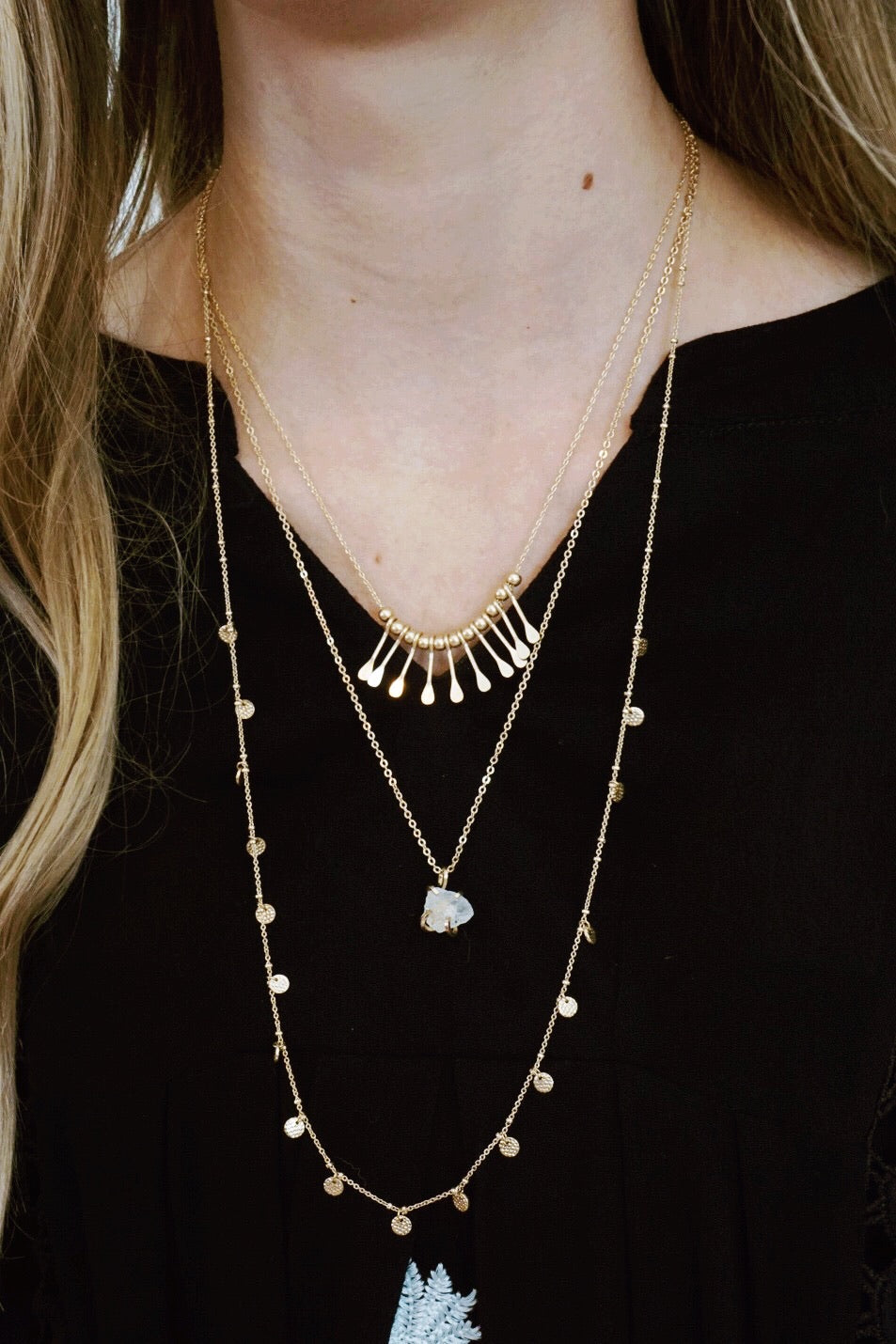 Disk Stone Layer Necklace