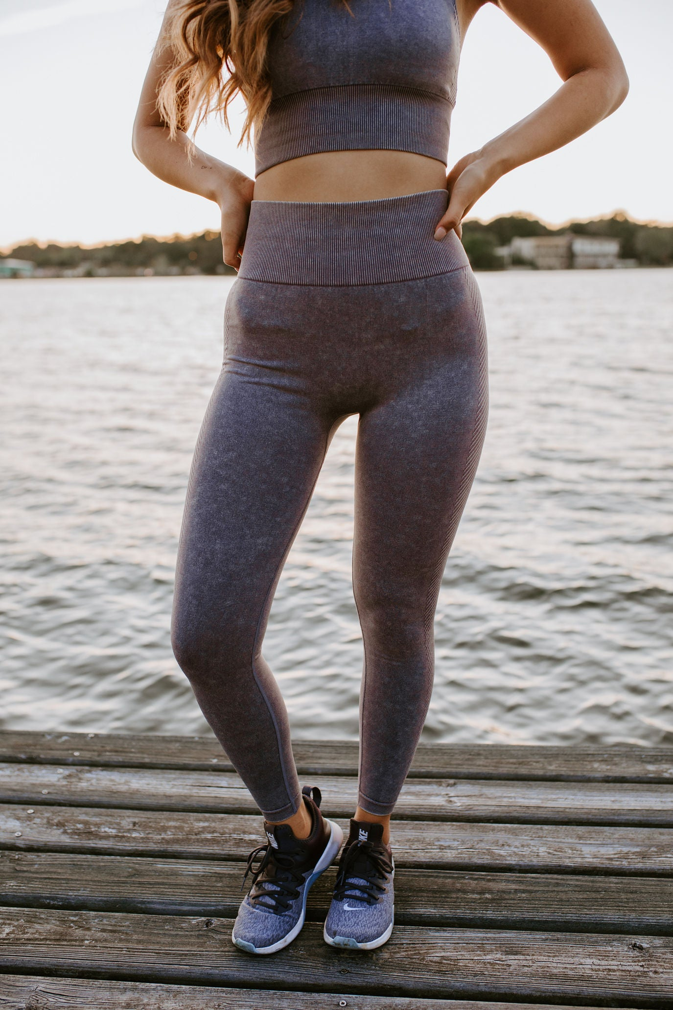 Mauve Chevron Mineral Wash Leggings
