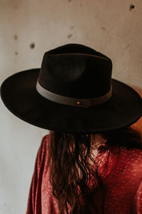 Leather Band Felt Hat (Multiple Colors)