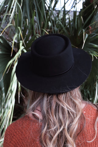 Thin Ribbon Wool Hat