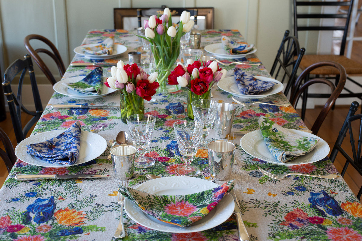 Organic linen tablecloth and floral napkins for a beautiful spring tablesetting.