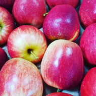 Apples - Pink Lady apples 6 per bag