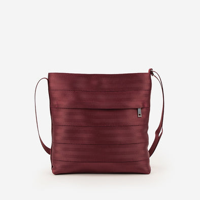 Streamline Crossbody / Black Cherry