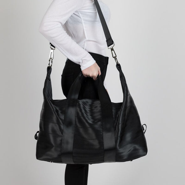 Travel Duffle Seatbelt bag Black