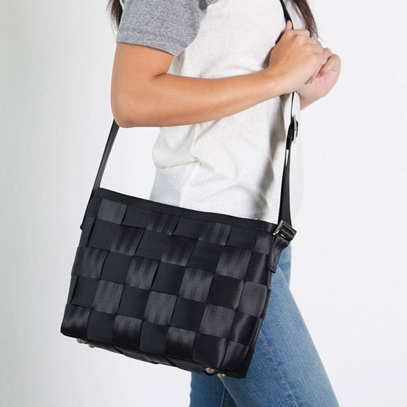Messenger Black Crossbody Strap