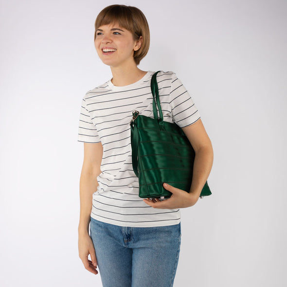 Medium Streamline Tote Forest Lifestyle