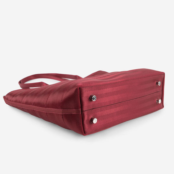 Medium Streamline Tote Maroon Bottom