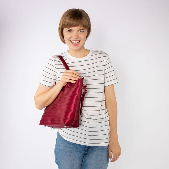 Medium Streamline Tote Maroon Lifestyle