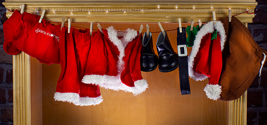 Santa Clothes Tips: Hanging Santa's Clothesline