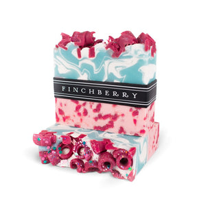 FinchBerry - a. Apple-y Ever After Soap