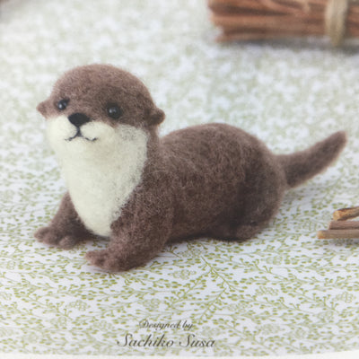 Hamanaka Aclaine Acrylic Fibre Needle Felting Kit - Otter (English)