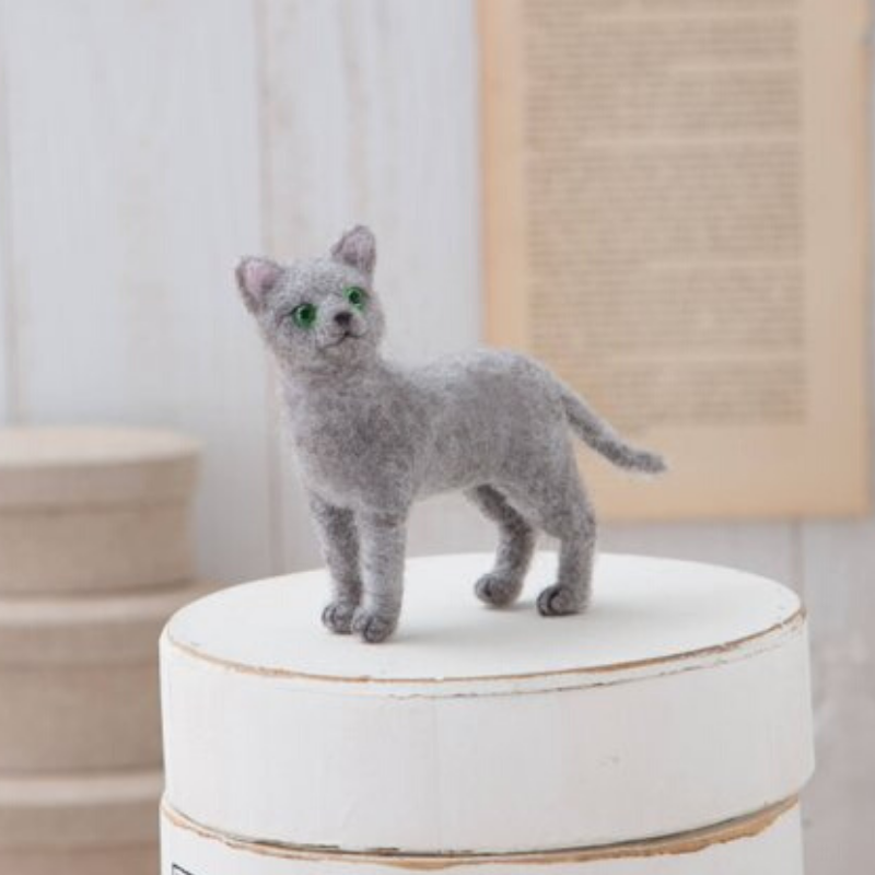 Hamanaka Aclaine Acrylic Fibre Needle Felting Kit - Russian Blue Cat (English)