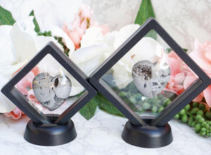Contempo Crystals - Small Crystal Display Stands. Feature your favorite pieces in the flexible clear plastic inside these stands with a detachable stand base. - Image 1