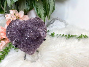 Contempo Crystals - Carved purple amethyst heart crystals on a custom metal display stands. Super sparkly - Image 3