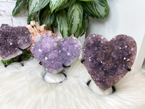 Contempo Crystals - Carved purple amethyst heart crystals on a custom metal display stands. Super sparkly - Image 7